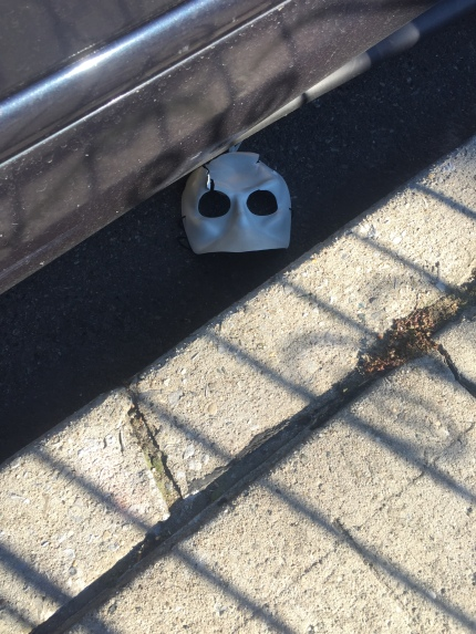 mask in street